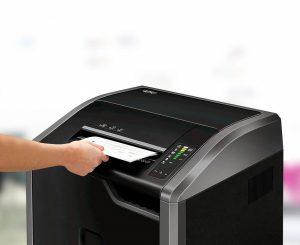maquina para triturar papel oficina